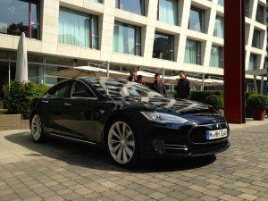 Tesla_Model_S_2