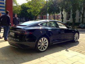 Tesla_Model_S_3