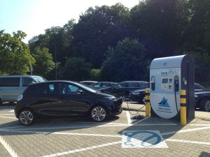 Renault_ZOE_RWE-Ladestation_Tecklenburg1