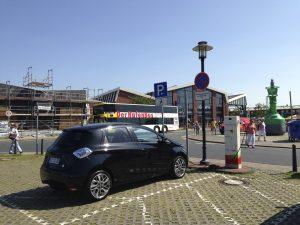 Renault_ZOE_SWB-Ladestation_Bremerhaven