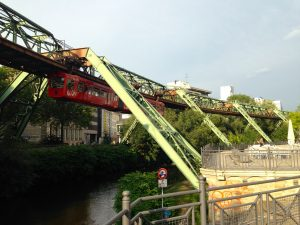 Schwebebahn_Islandufer_Wuppertal
