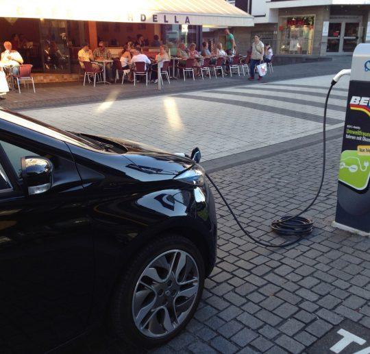 Renault_ZOE_BEW-Ladestation