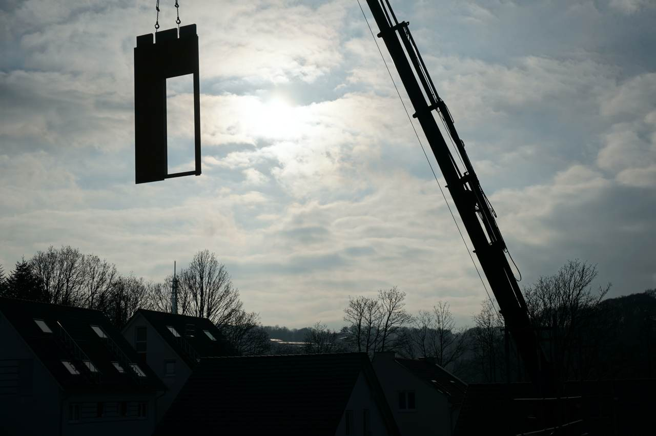 petershaus_baublog_7_wand_kommt_geflogen