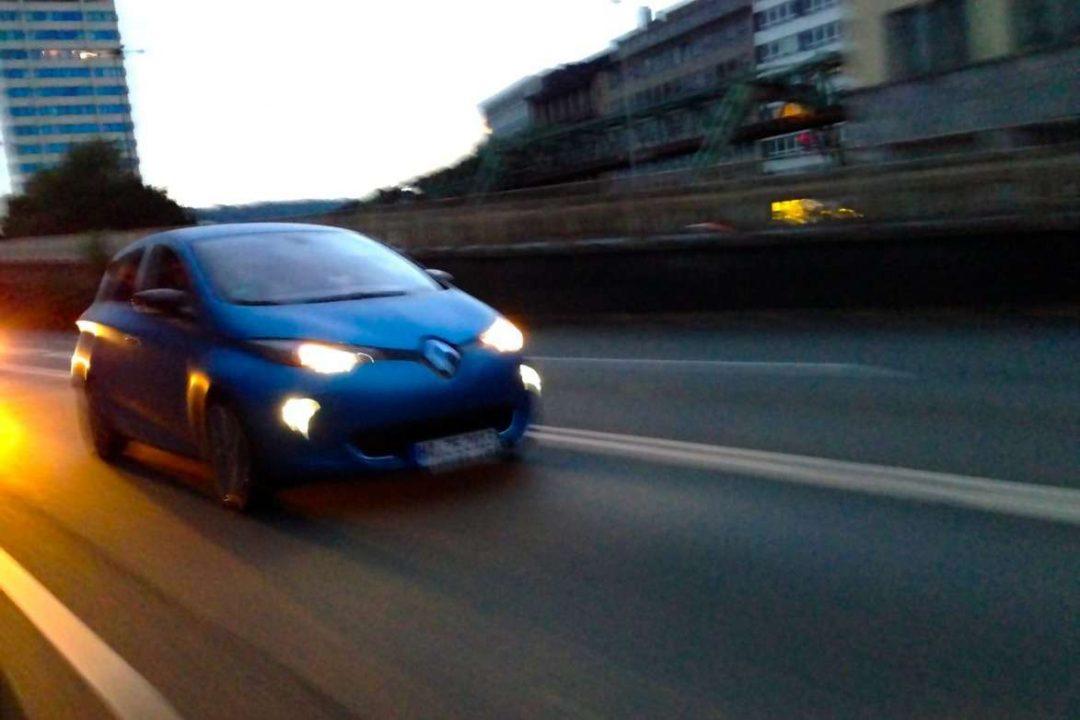 Renault_ZOE_blau_Wuppertal