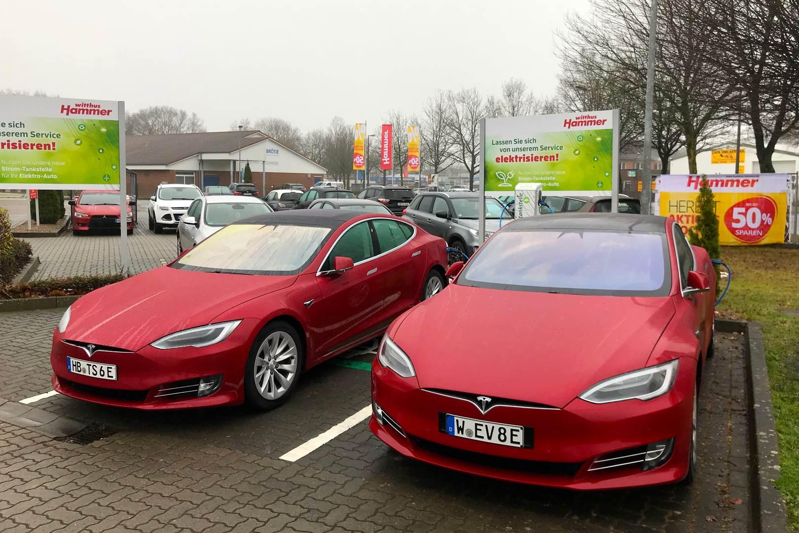 Tesla_Model_S_Neo_Nino_Shorthander_Dennis_Witthus