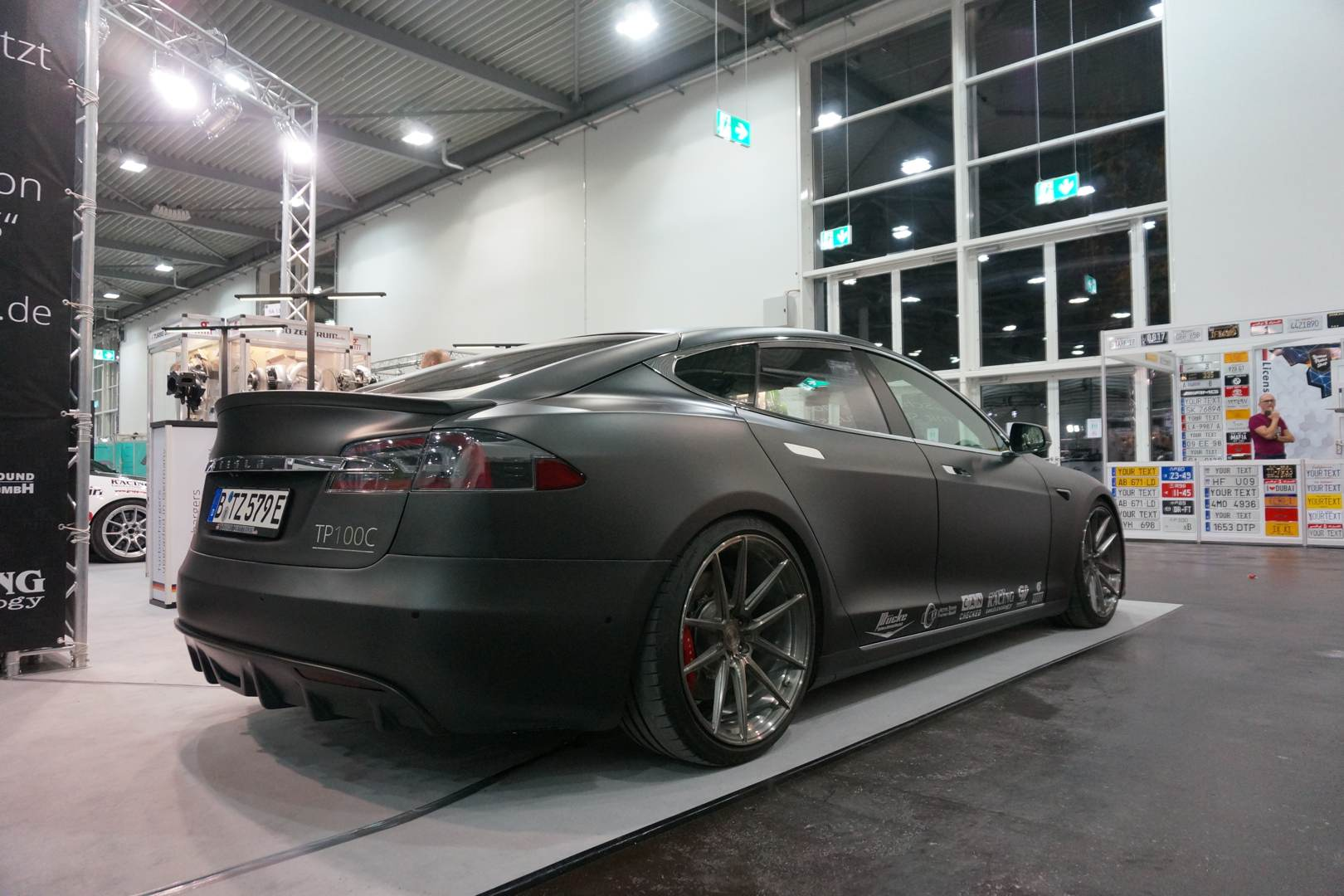 Tesla Model S Vollcarbon