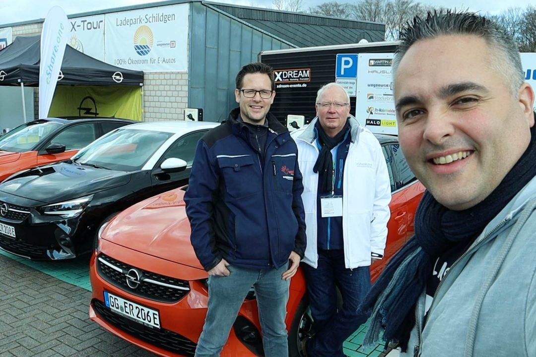 Opel Corsa-e Roadshow a, Ladepark Schildgen