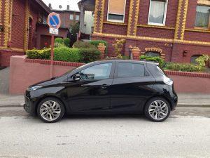 Renault_ZOE_schwarz_Seite