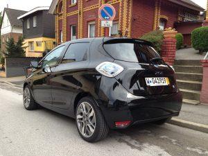 Renault_ZOE_schwarzt_Hinten