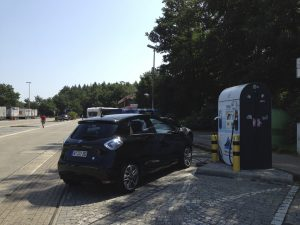 Renault_ZOE_RWE-Ladestation_Wildeshausen