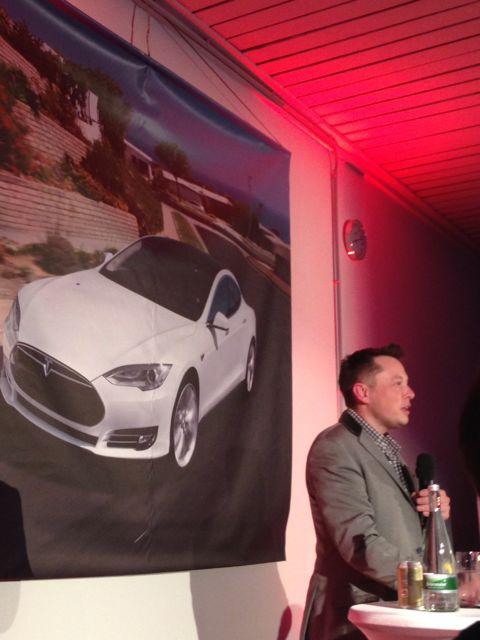 Elon_Musk_Tesla-Motors