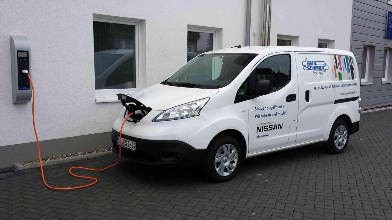 EmilSchmidt_Nissan_e_NV200_Ladestation