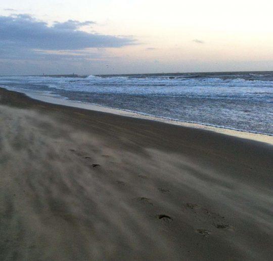 Holland_Strand_Abend_Sonnenuntergang_Titelbild