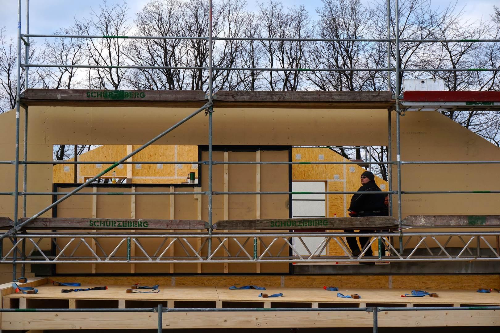 Petershaus_Baublog_8_Kranfuehrer_laessig_Obergeschoss