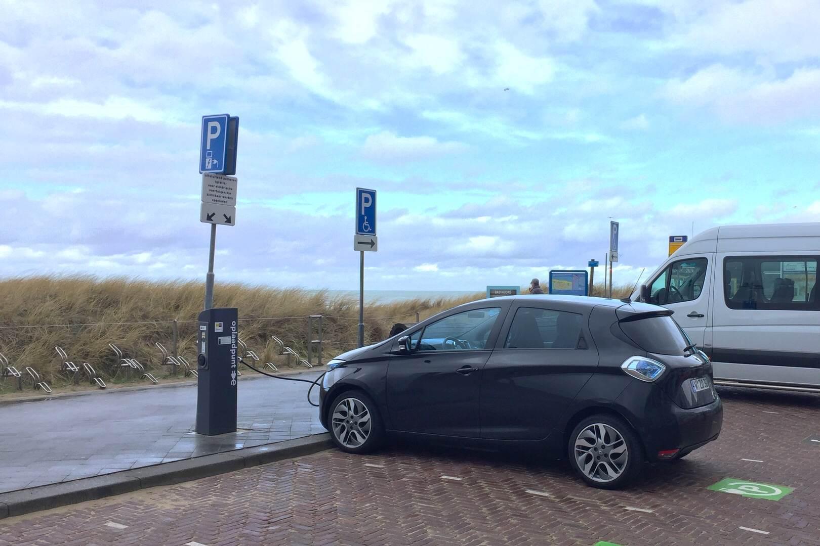 Renault_ZOE_Ladestation_11kW_EgmondAanZee