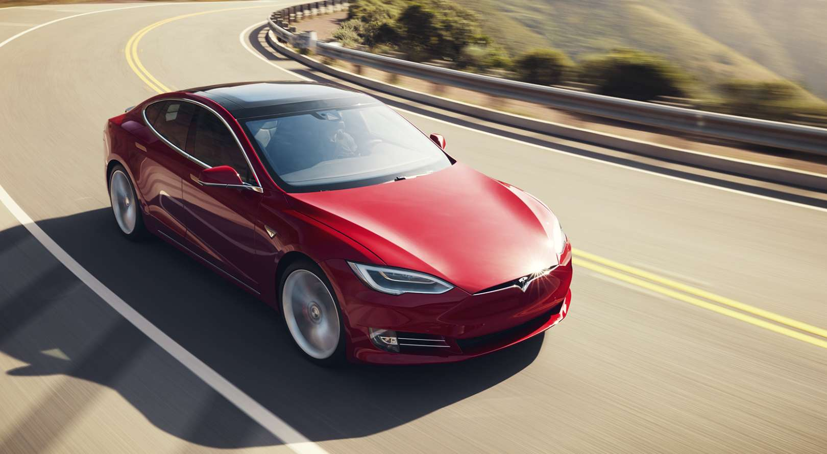 Tesla_Model_S_rot_Pressebild