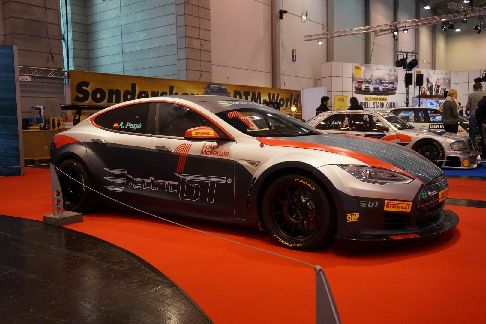 Electric GT mit Tesla Model S
