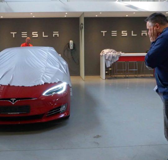 Auslieferung Tesla Model S