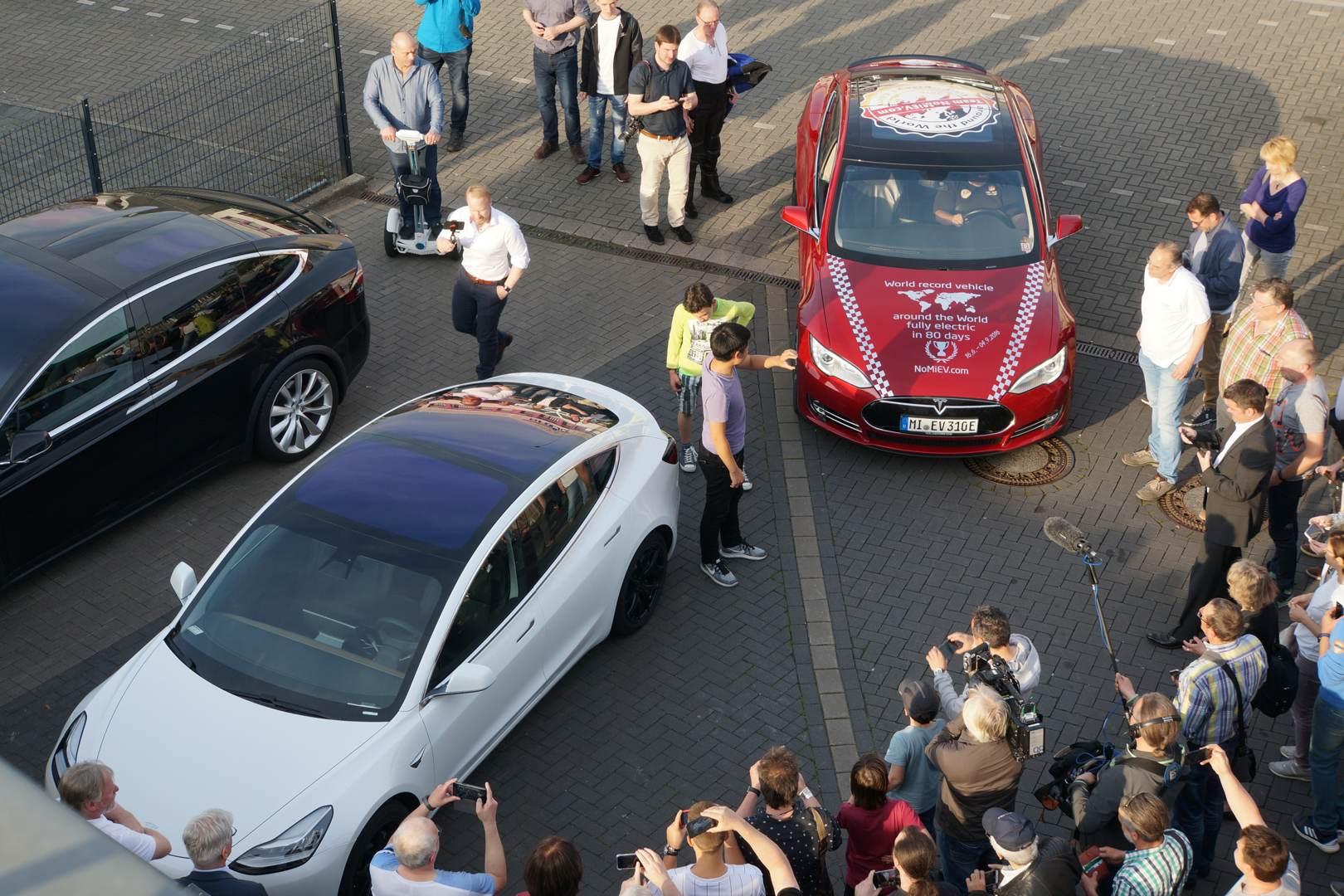 Tesla Model 3 Model S Hilden You You Xue Fabian NoMievMobility