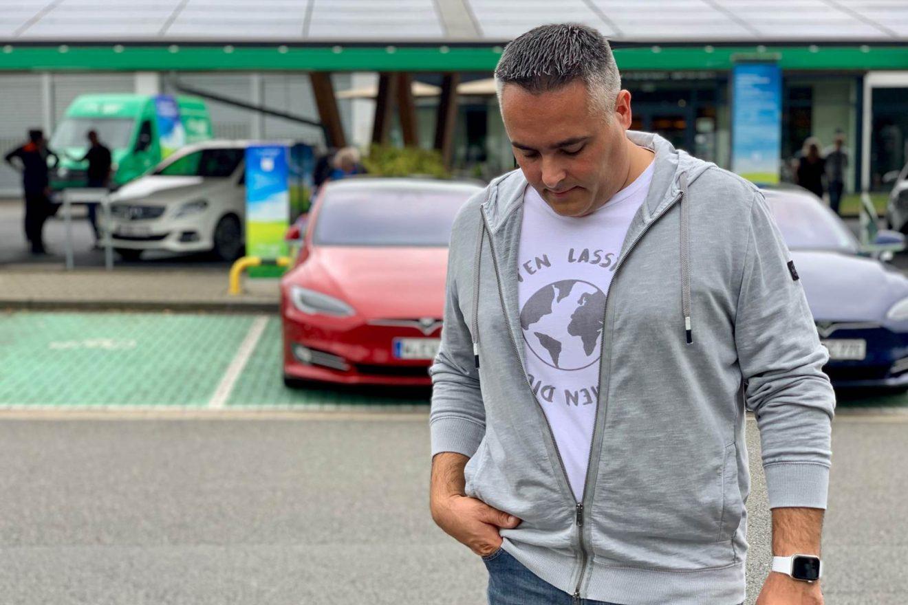 Nino DANZEI T-Shirt Kevin Lasst uns zusammen die Welt retten weiss Ladepark Kreuz Hilden