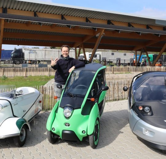 Betterschmitt Twike Toyota i-Road Elektroauto Dreirad Ladepark Hilden